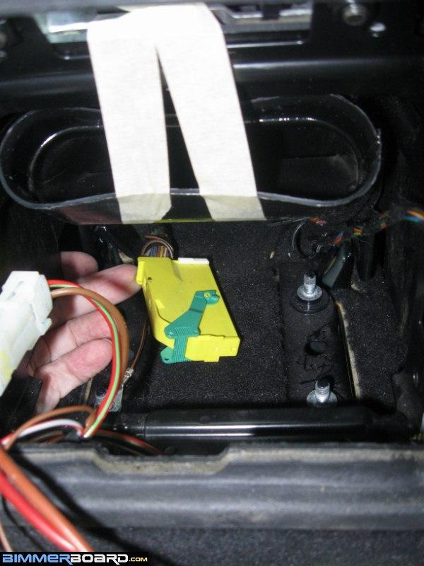 Airbag (14) [800x600] airbag control module replacement (under center console) Mini Cooper Transmission Wiring Harness at fashall.co